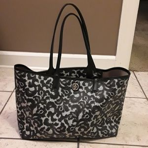 Tory Burch Kensington tote in a black lace print
